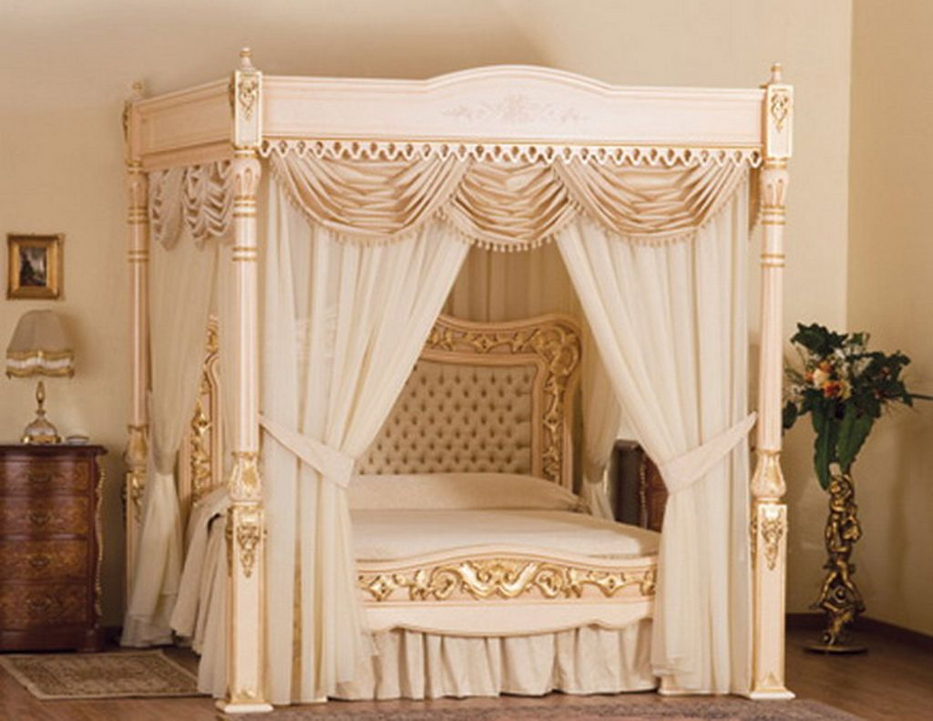 The finest Victorian colonial tester (canopy) bed available anywhere!