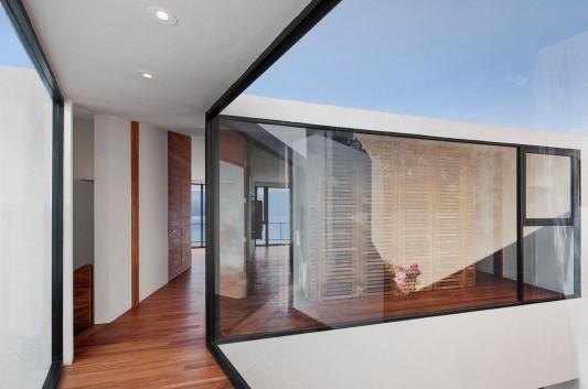 Casa Cardenas by Parque Humano Corridor