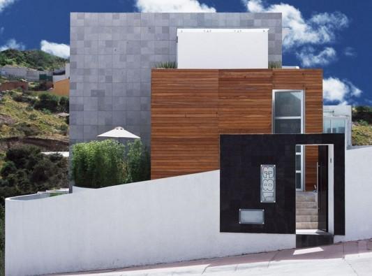 Beautiful Minimalist M-House landscape