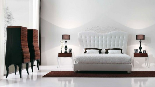 Beautiful and luxurious bedroom furniture set