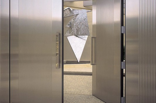 Modern Stainless Steel Impression Doors System