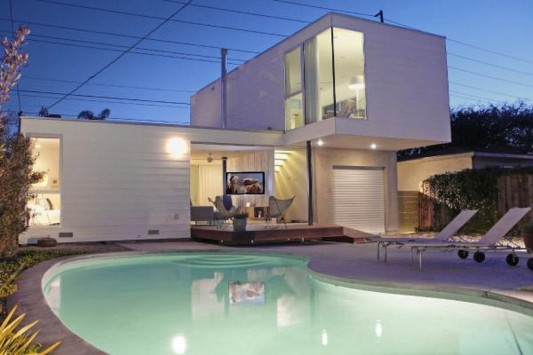 Small Beach House Transformation into modern design - patio and swimming pool design