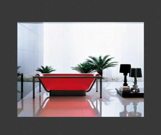 Transparent Acrylic Bathtubs Colorful And Eye Catching