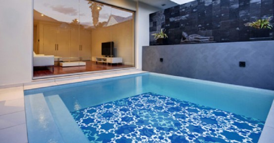 glass tiles with drawn images for swimming pool decor