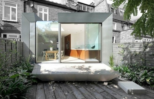 Faceted house - small house terrace and exterior design