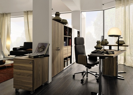Walnut,-Office-Desk-Design-By-Hulsta-5