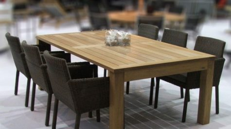 Simplicity And Minimalist Wooden Dining Furniture Set