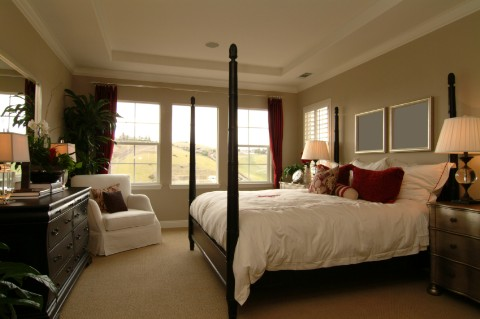 Elegant traditional bedroom home design inspiration for Matrimonial bedroom design