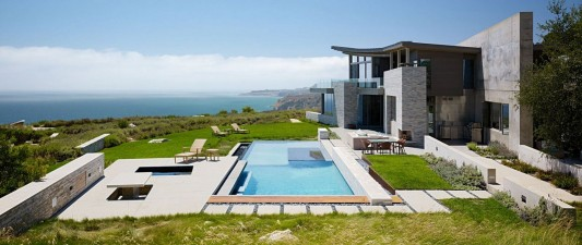 Contemporary Altamira Residence by Marmol Radziner