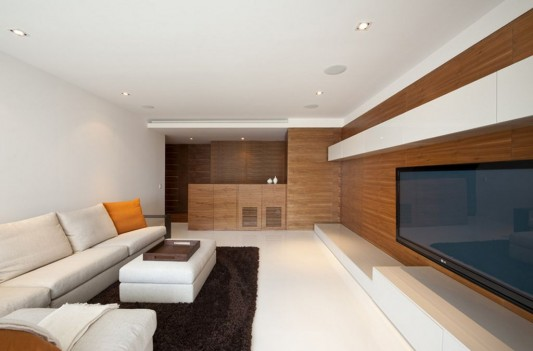 Portofino modern and natural apartment living room design