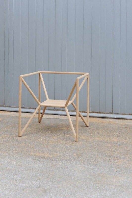 simplicity lounge chair design by Thomas Feichtner